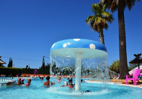 piscine chauffée camping le galet marseillan-plage